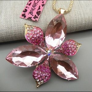 Pink Flower Betsey Johnson Necklace
